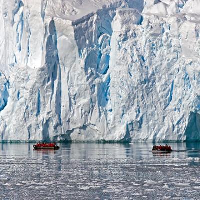 zodiac cruising antarctica glaciers